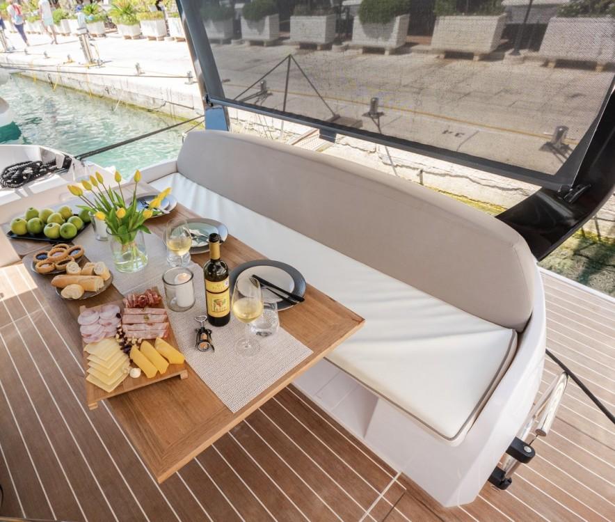 Rental yacht Podstrana - Sessa Marine Sessa Fly 47 on SamBoat