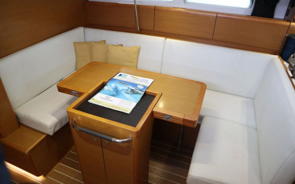 Jeanneau Sun Odyssey 409 between personal and professional Key West
