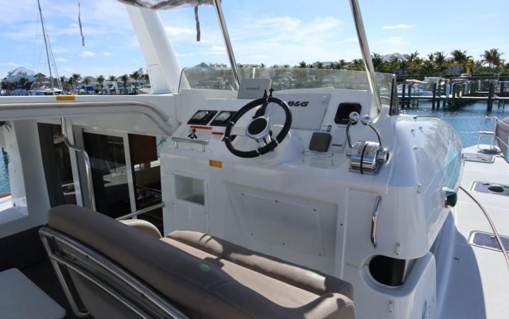 Rental yacht Key West - Lagoon Lagoon 40 Power Catamaran on SamBoat
