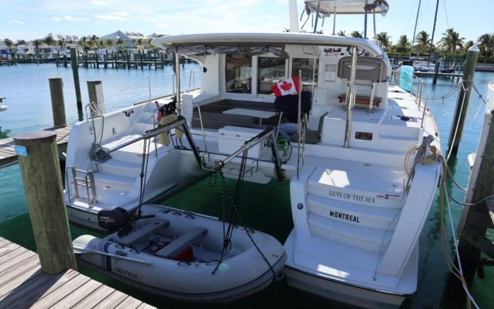 Boat rental Key West cheap Lagoon 40 Power Catamaran