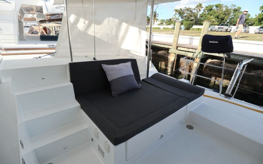 Hire Catamaran with or without skipper Lagoon Cayo Hueso