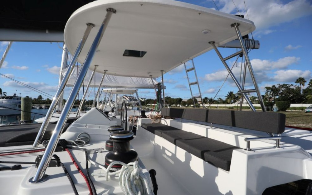 Catamaran for rent Cayo Hueso at the best price