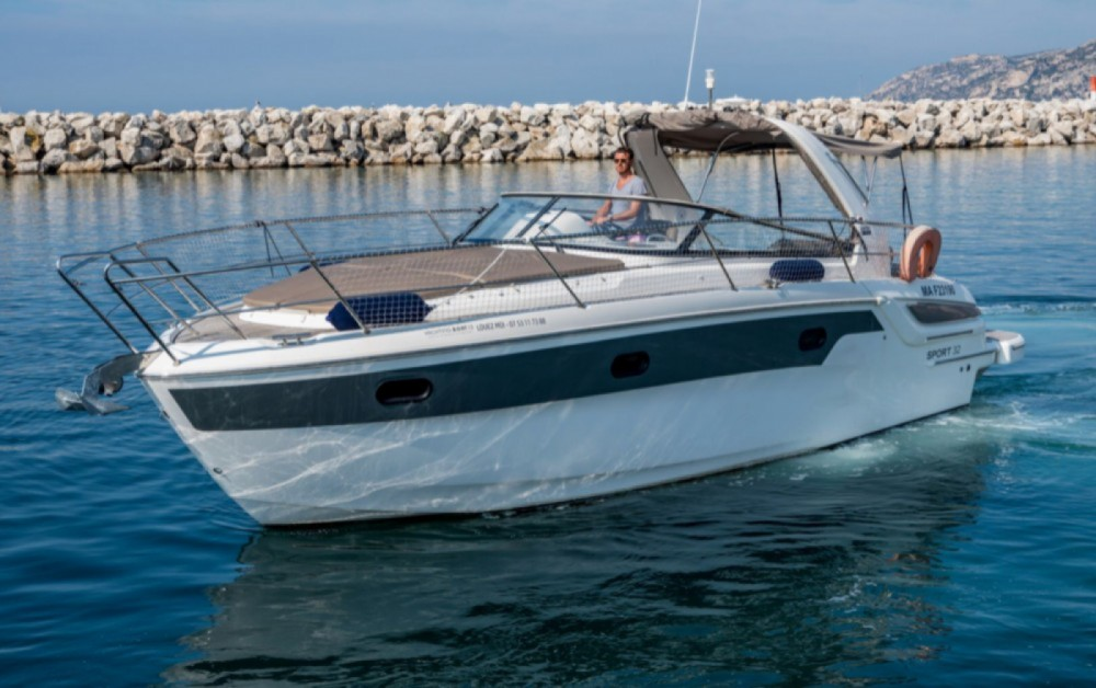 Hire Motorboat with or without skipper Bavaria Marseille