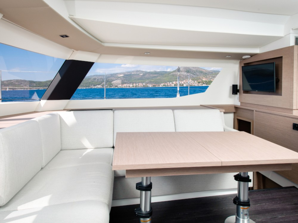 Hire Catamaran with or without skipper Fountaine Pajot Split