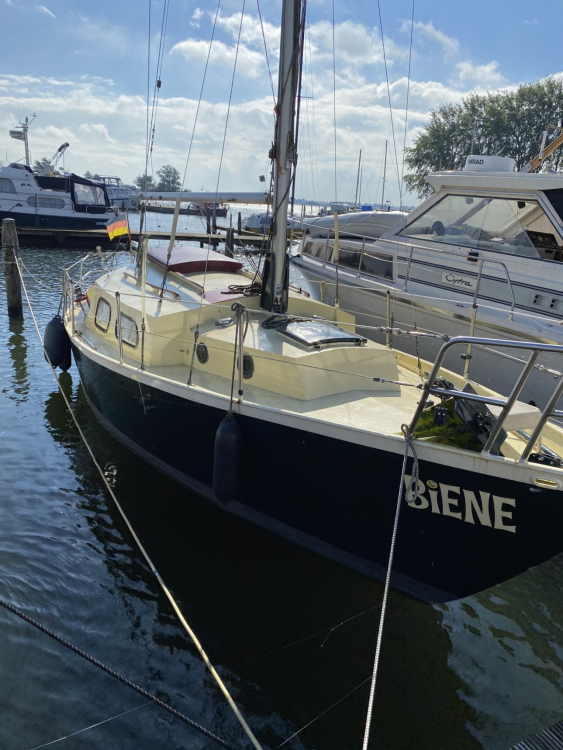 Hire Sailboat with or without skipper Vanguard Dronten