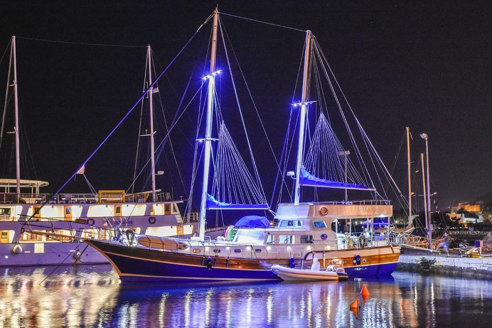 Rental Sailboat in Croatia - Custom Made Gulet Saint Luca
