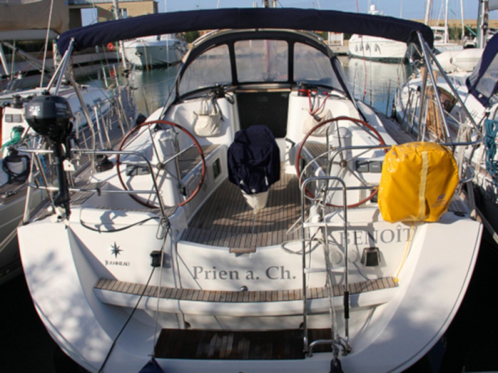 Rental yacht San Vincenzo - Jeanneau Sun Odyssey 42 i on SamBoat
