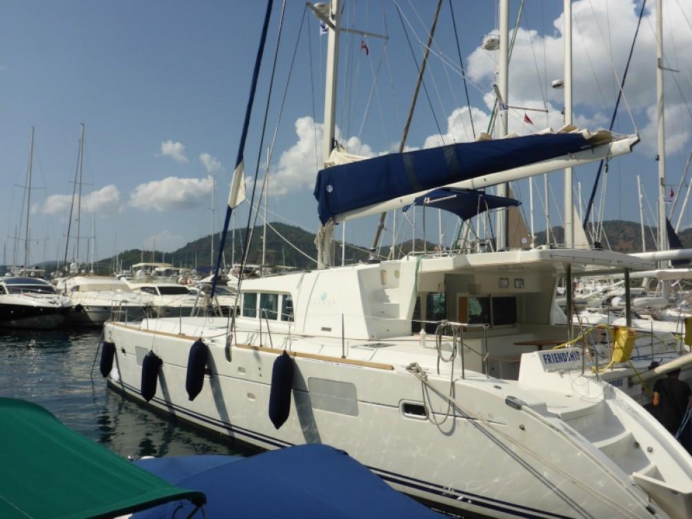 Rental Catamaran in San Vincenzo - Lagoon Lagoon 500 Flybridge