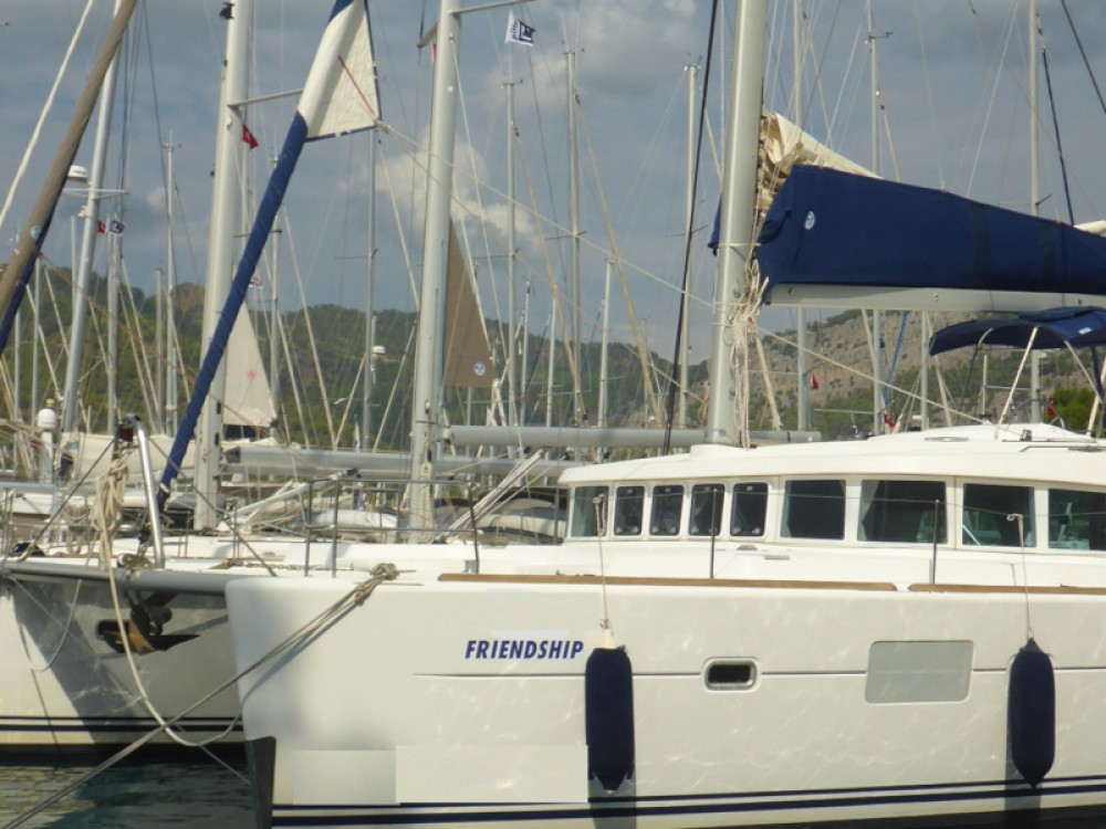 Hire Catamaran with or without skipper Lagoon San Vincenzo