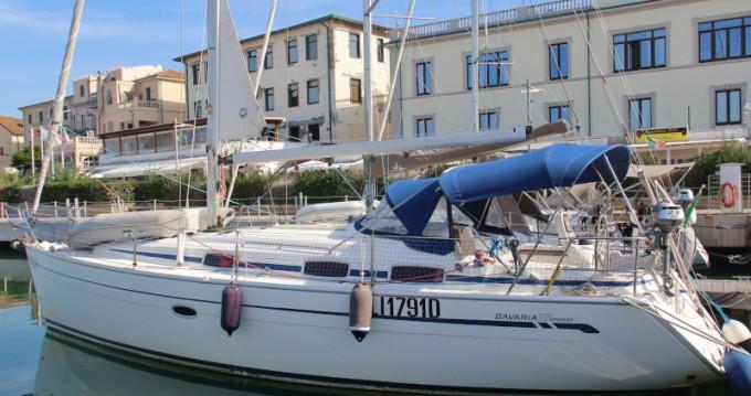 Rental Sailboat in San Vincenzo - Bavaria Bavaria 37 Cruiser