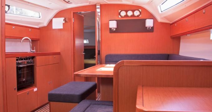 Rental Sailboat in San Vincenzo - Bavaria Cruiser 41