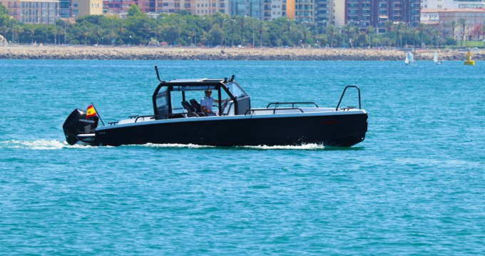 Xo Boats XO DFNDR 250 between personal and professional Palma de Mallorca