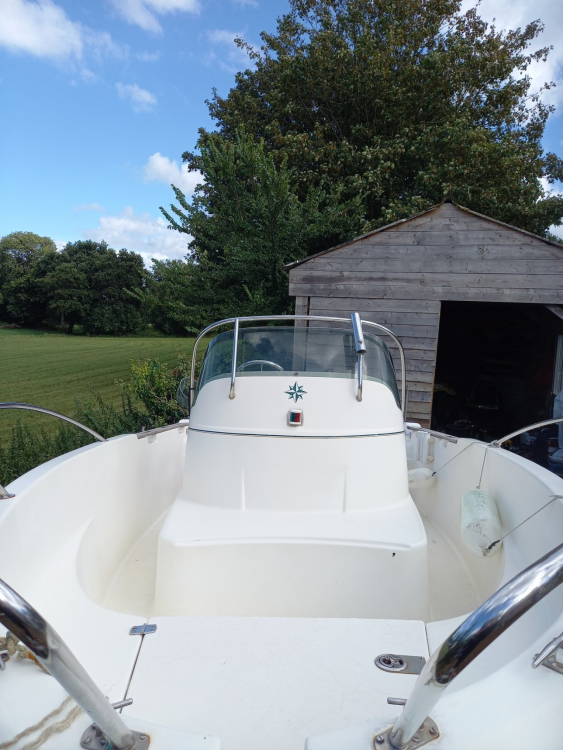 Hire Motorboat with or without skipper Jeanneau Plourhan