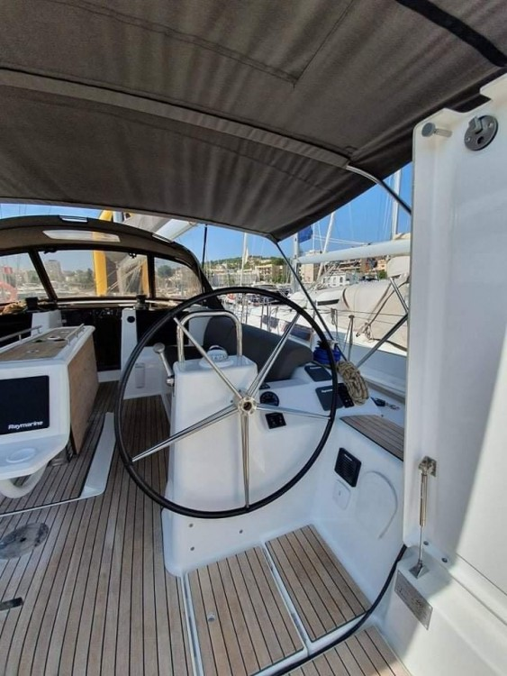 Rental Sailboat in  - Dufour Dufour 460 Grand Large