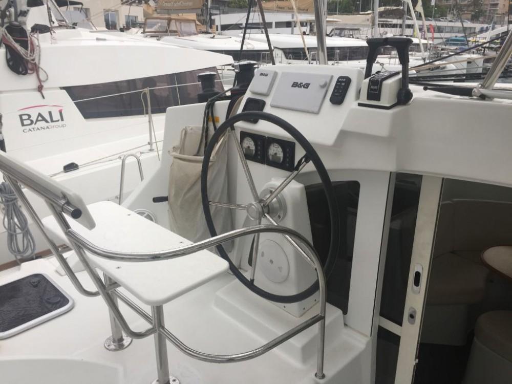 Boat rental Saint-Mandrier-sur-Mer cheap Lagoon 380