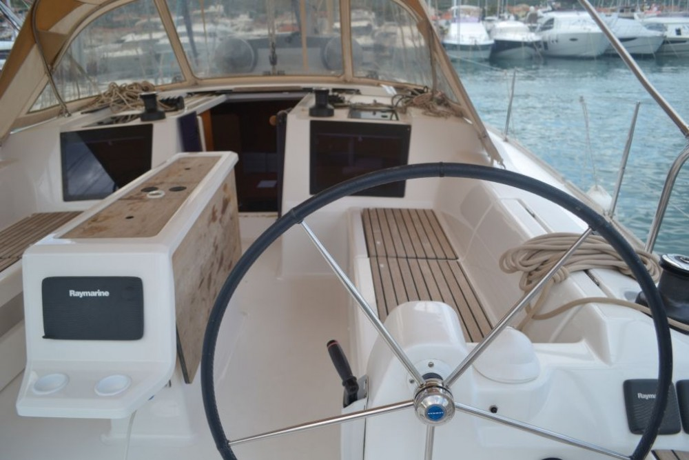 Boat rental Dufour Dufour 410 Grand Large in Olbia on Samboat