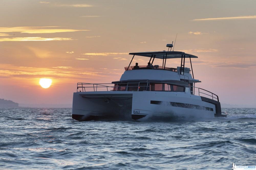 Rental Catamaran Bali Power Catamaran with a permit