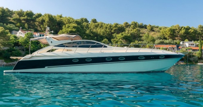 Rental Motorboat Yacht with a permit