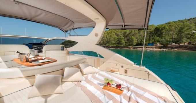 Rent a Yacht dalla 48 altair La Ciotat