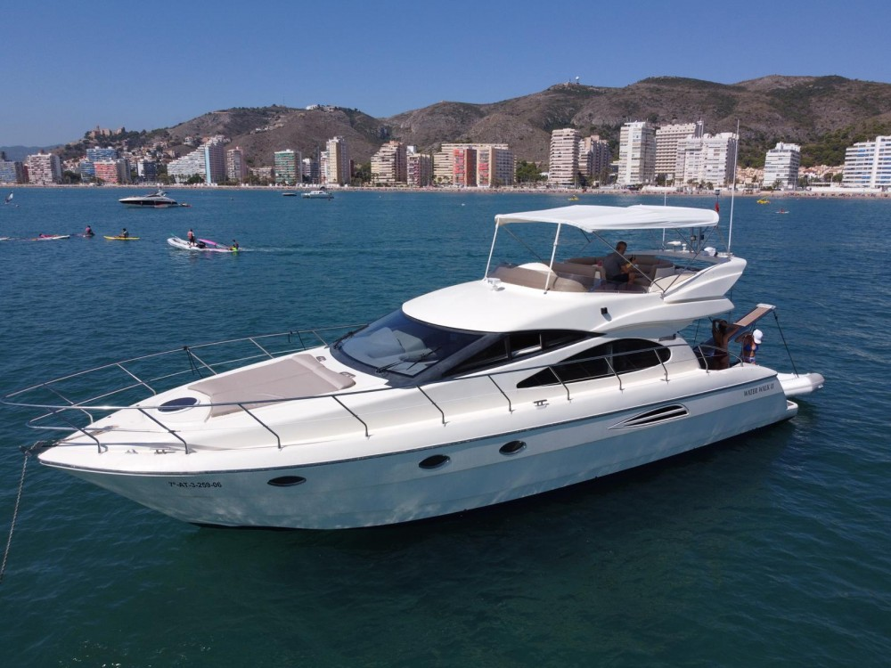 Motorboat for rent Cullera at the best price