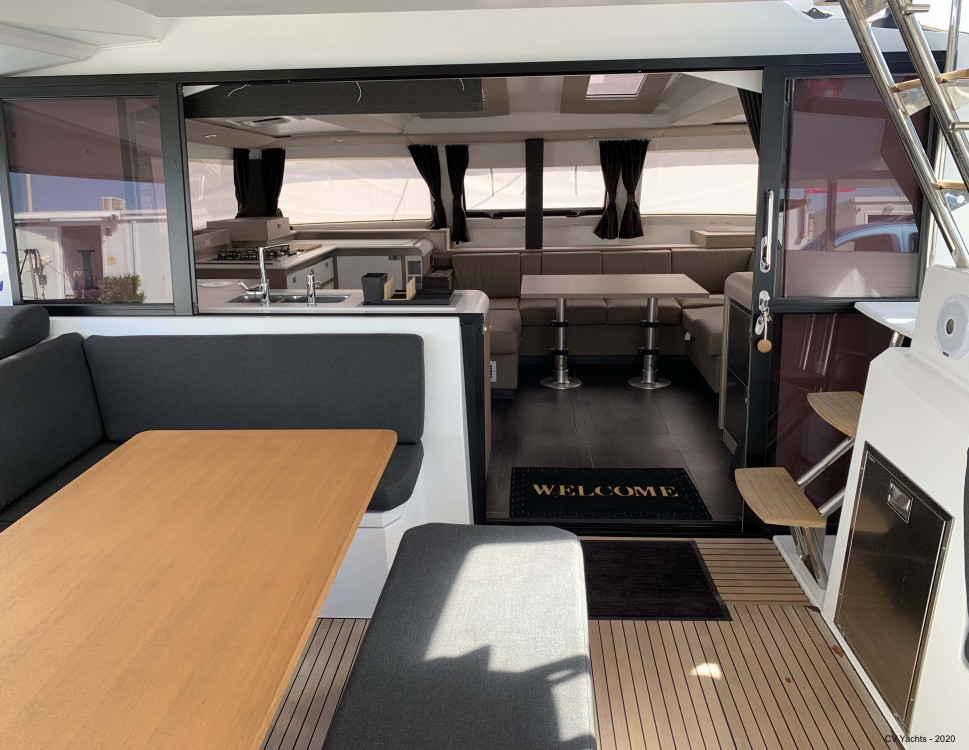 Rental yacht Álimos - Fountaine Pajot Elba 45 on SamBoat