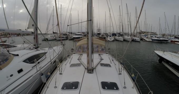 Rental Sailboat in Dénia - Bénéteau Oceanis 411 Clipper