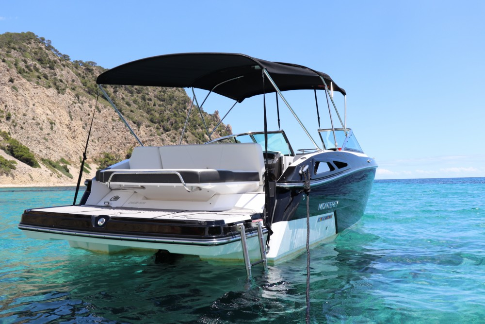 Boat rental Monterey 268 ss in Balearic Islands on Samboat