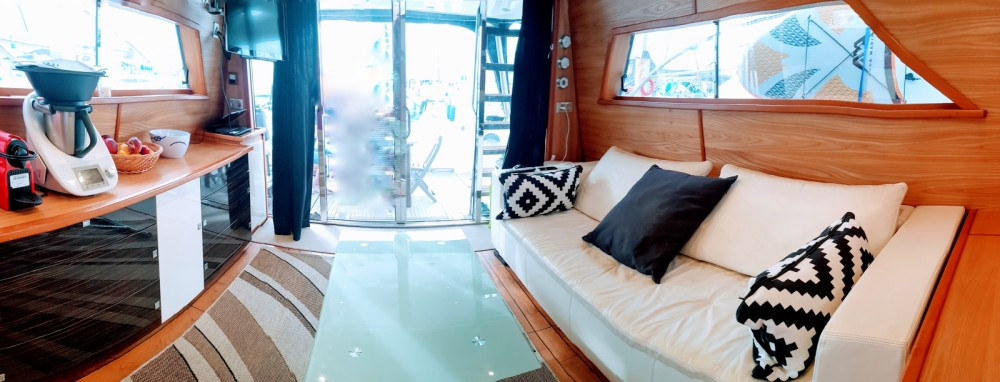 Rental Motorboat in Palavas-les-Flots - Colvic MAD 54