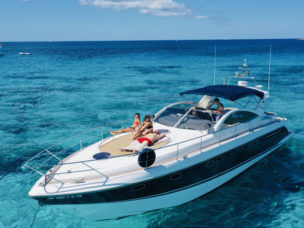 Hire Motorboat with or without skipper Fairline Formentera
