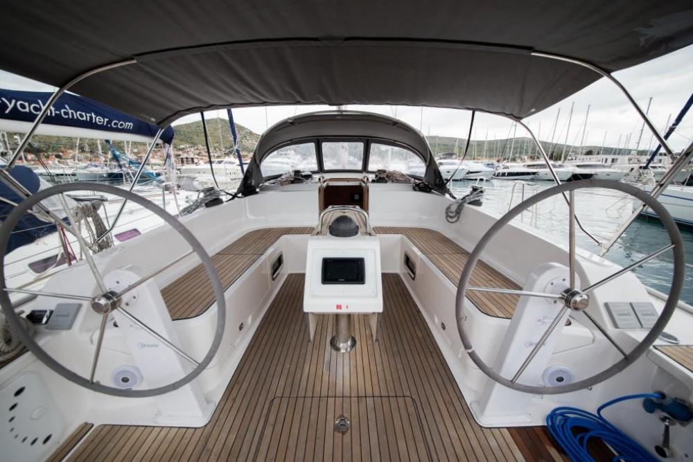 Rental yacht Athens - Bavaria Bavaria 46 Cruiser on SamBoat