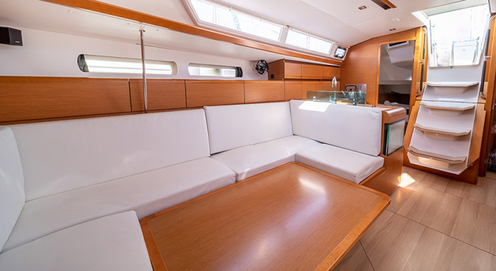Jeanneau Sun Odyssey 449 between personal and professional Preveza