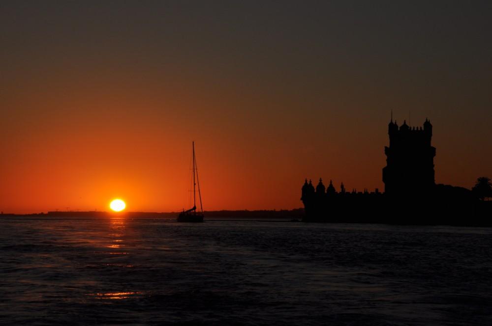 Rental Motorboat in Lisbon - Marlin Boat Sport Open 22
