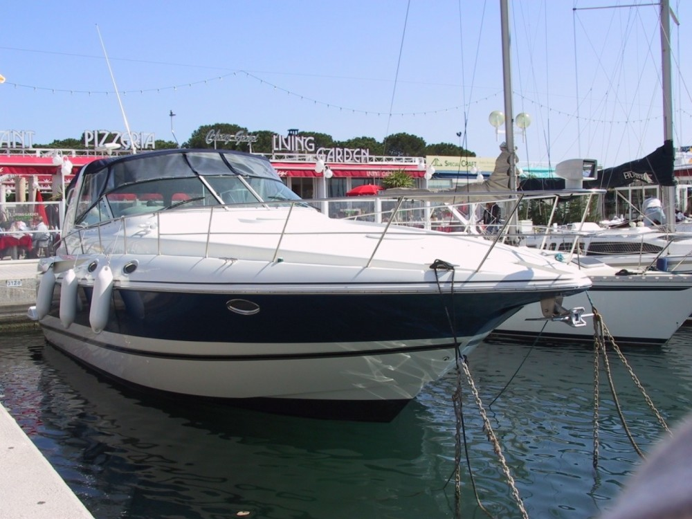 Hire Motorboat with or without skipper cruiseryacht Sari-Solenzara