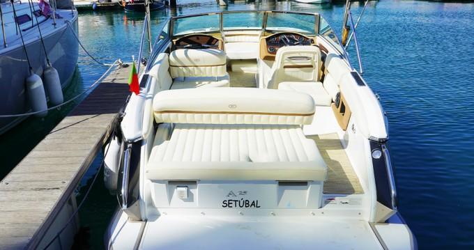 Rental Motorboat in Setúbal - Cobalt A25