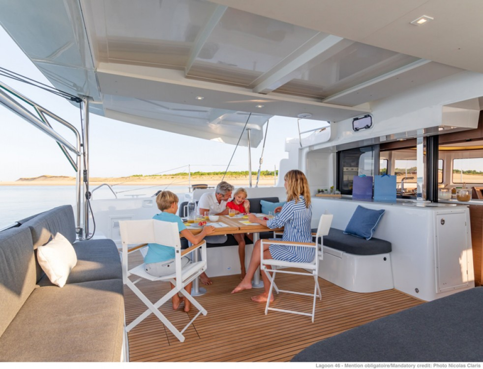 Hire Catamaran with or without skipper Lagoon Preveza