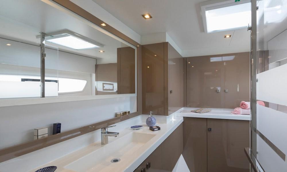 Rental yacht Preveza - Fountaine Pajot Astrea 42 on SamBoat