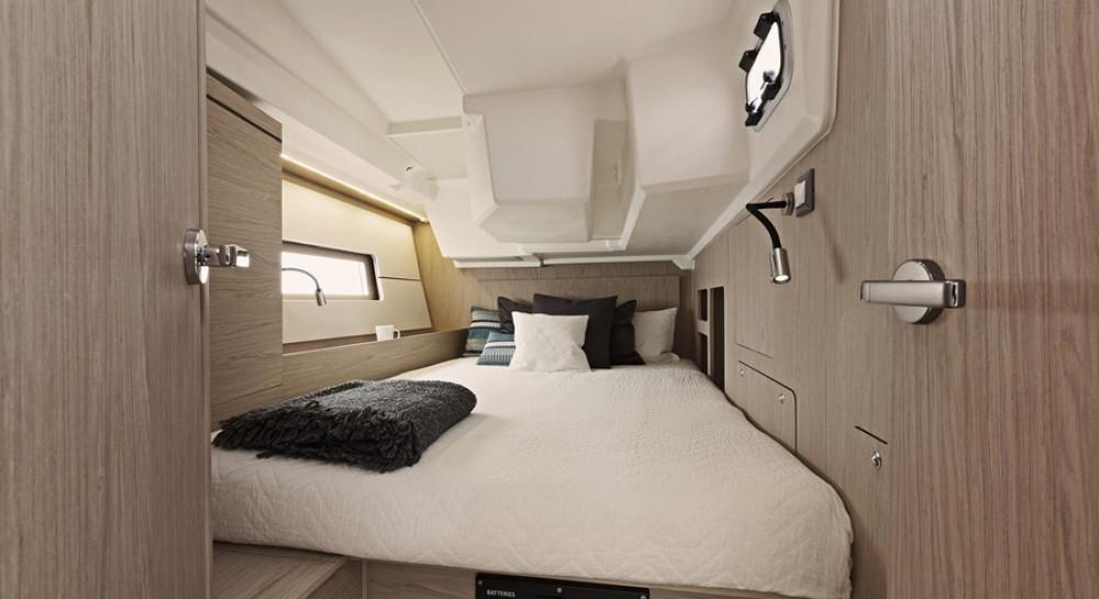 Rental yacht Greece - Bénéteau Oceanis 461 on SamBoat