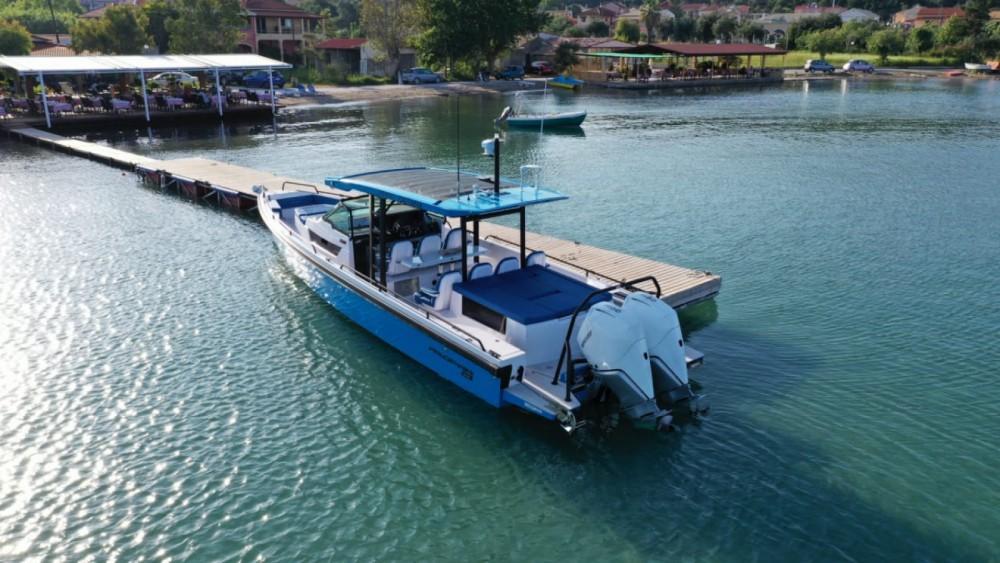 Rental Motorboat in Gouvia - Axopar 37 T-Top