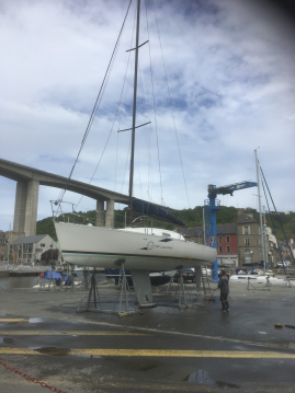 Hire Sailboat with or without skipper Bénéteau Pléneuf-Val-André