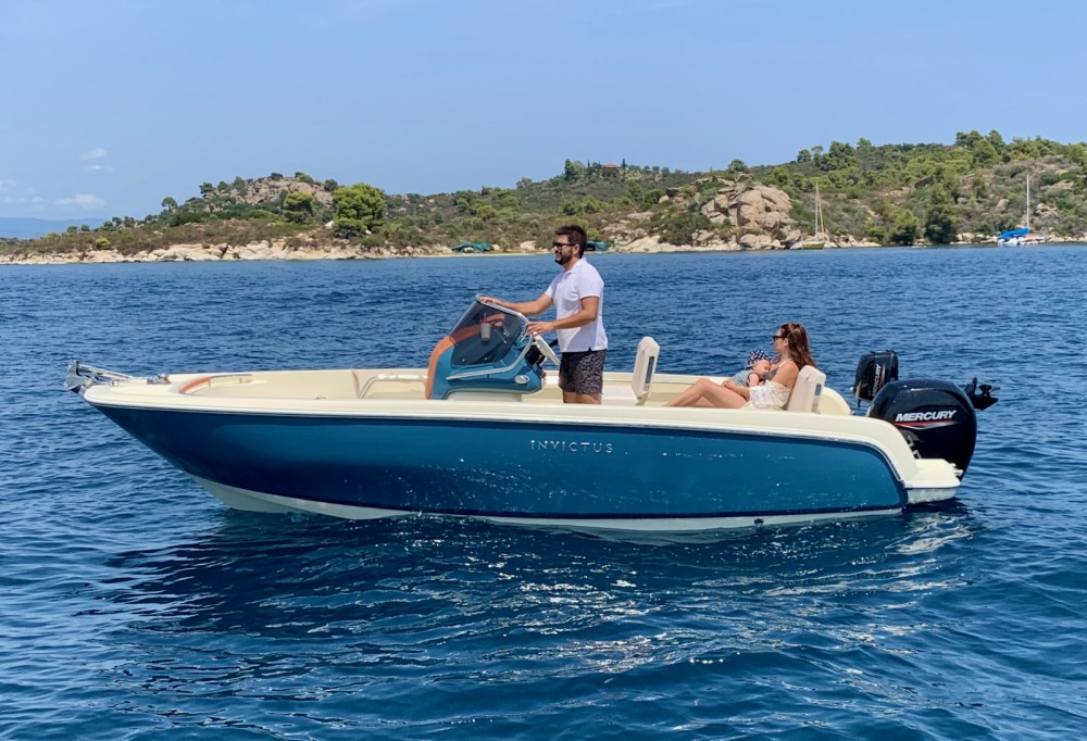 Hire Motorboat with or without skipper Invictus  Ormos Panagias