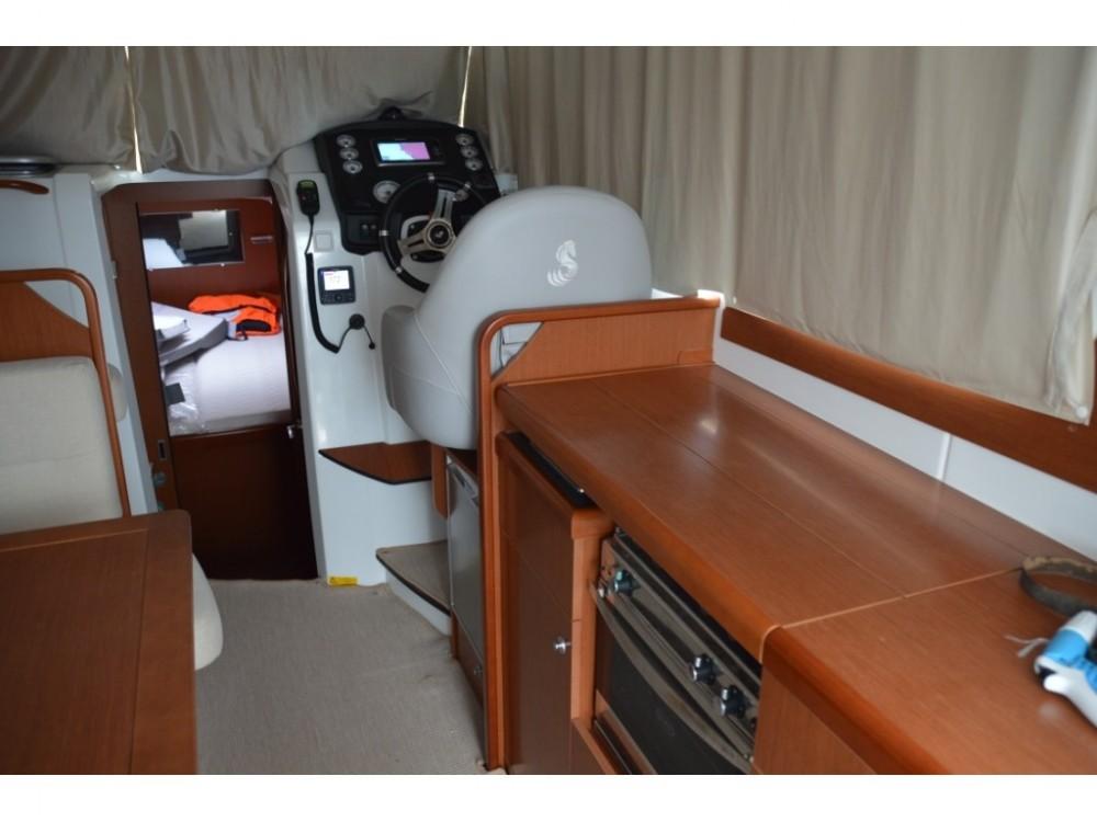 Rental Motorboat in Tivat - Bénéteau Antares 32