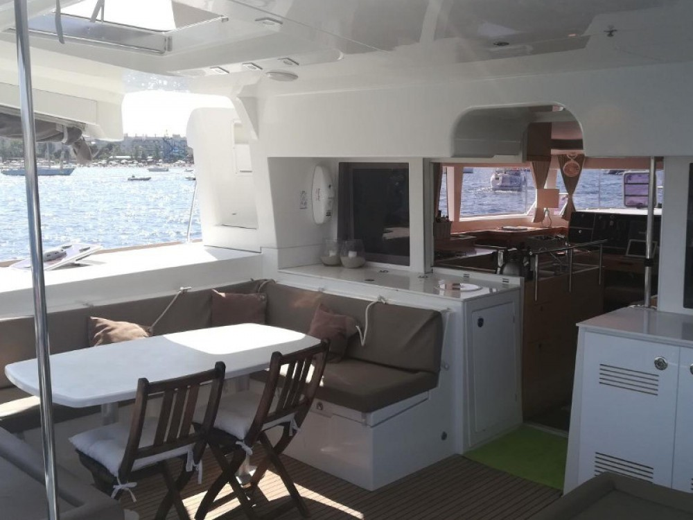 Rental Catamaran in San Antonio - Lagoon Lagoon 450