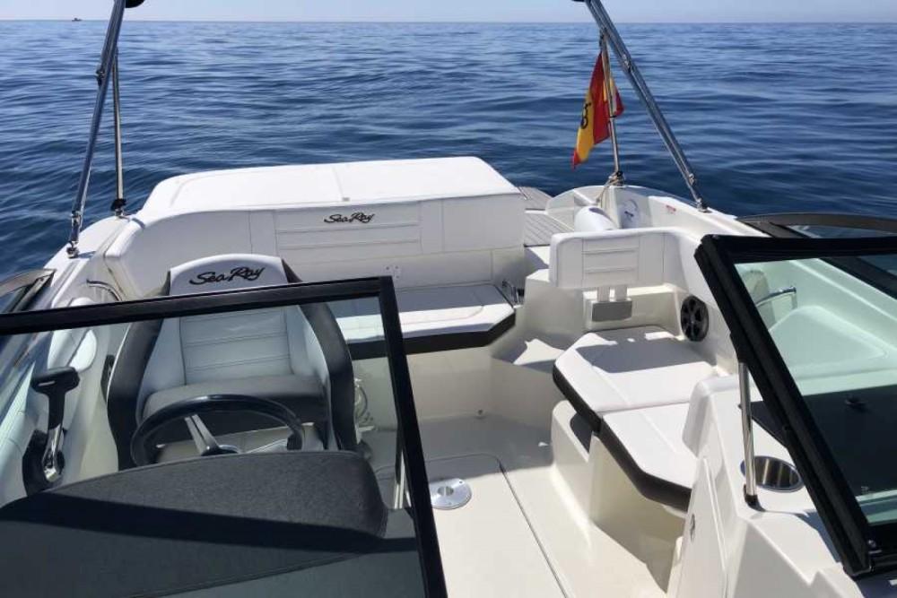 Rental Motorboat in Almuñécar - Sea Ray 190 SPXE