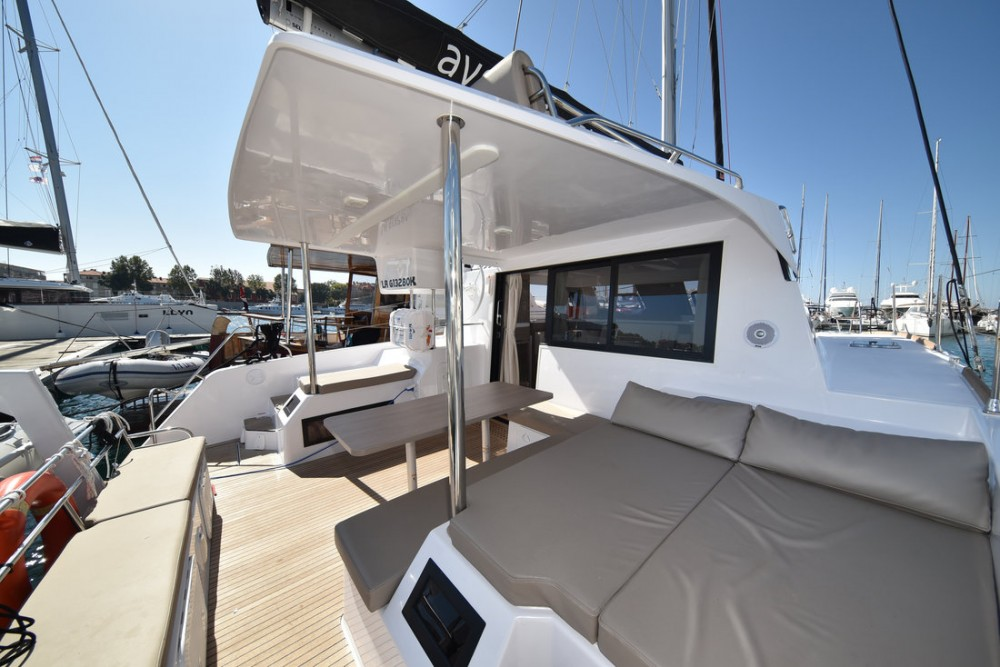 Boat rental Aventura-Catamarans Aventura 34 in Grad Zadar on Samboat
