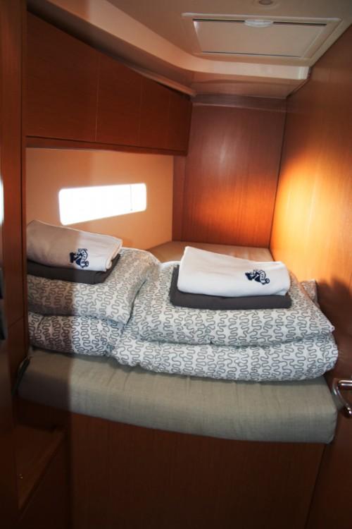 Rental yacht Pirovac - Bavaria Bavaria C45 Holliday on SamBoat