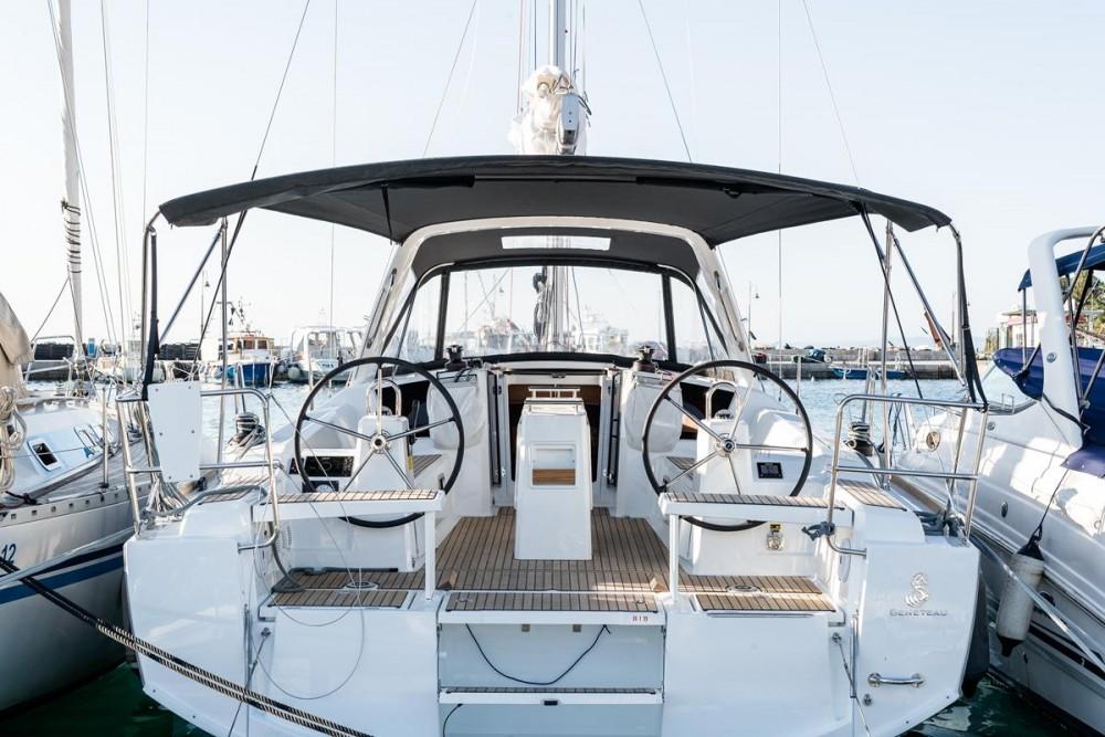 Rental Sailboat in Grad Biograd na Moru - Bénéteau Oceanis 38.1