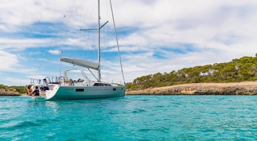 Rental Sailboat in Grad Biograd na Moru - Bénéteau Oceanis 411