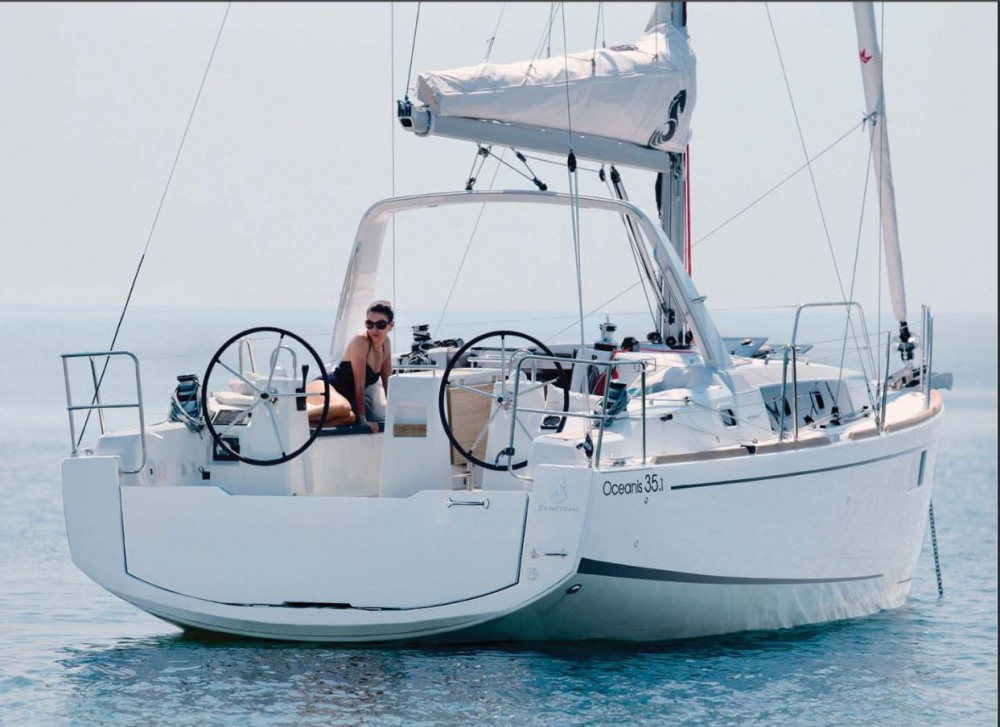Hire Sailboat with or without skipper Bénéteau Pirovac
