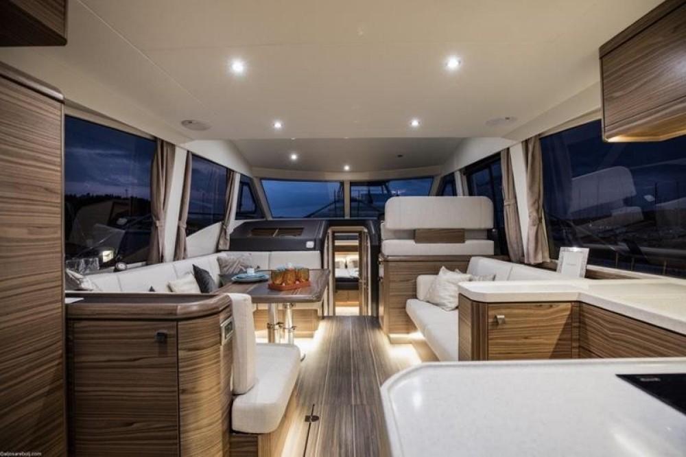 Rental yacht Grad Biograd na Moru - Greenline Hybrid 48 Fly Greeline Hybrid 48 Fly on SamBoat