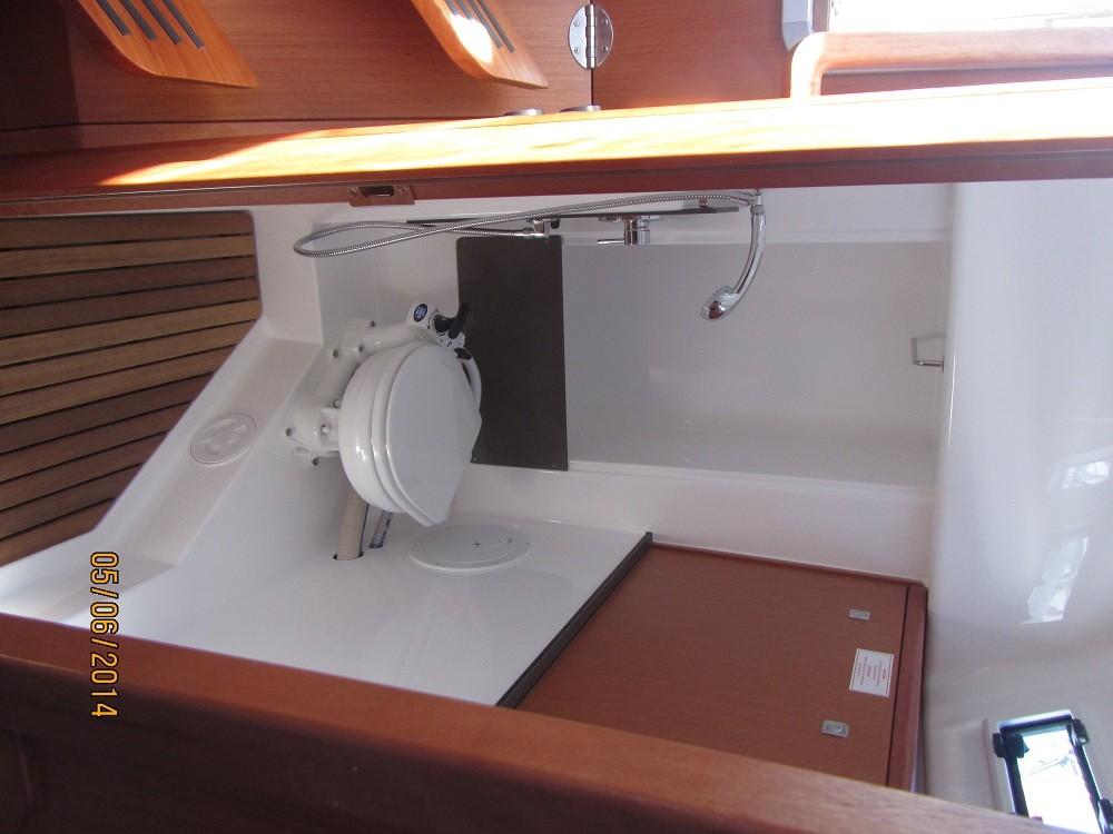 Bavaria Bavaria 33 Cruiser  between personal and professional Grad Biograd na Moru